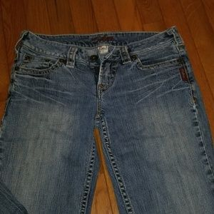 Silver Jeans. Size 28. Womens.